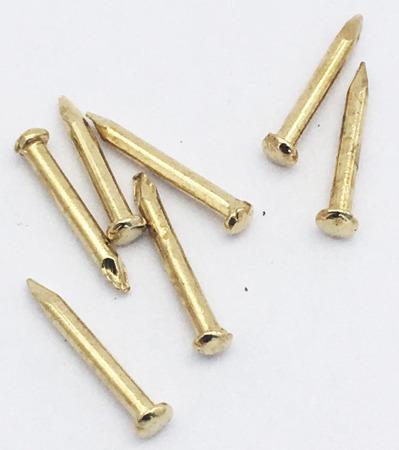 ZK13 paczka 100 gwoździ 8mm do zawieszek